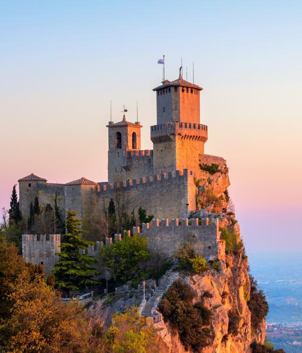 San Marino Territory - The Market San Marino Outlet Experience